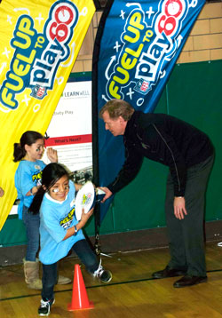 kids at Fuel up to Play 60 event
