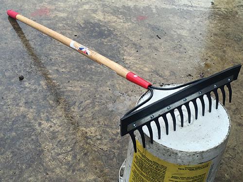 rake for freestalls
