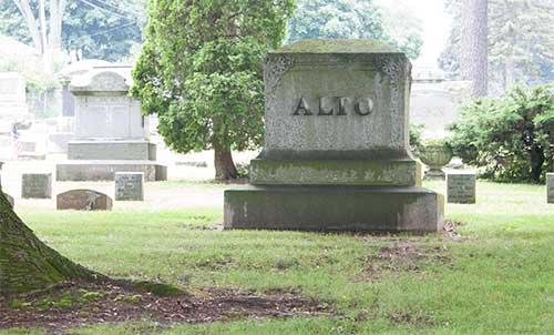 Alto tombstone